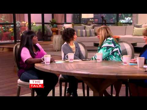 The Talk  Penny Marshall on Reuniting with Cindy Williams 8 August, 2013