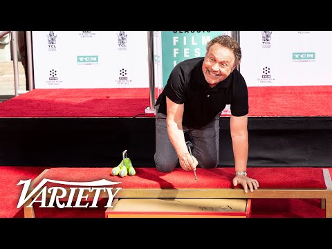 Billy Crystal Hands and Feet Ceremony - Live From TCMFF