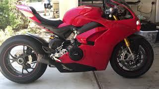 Ducati V4, Akrapovic Exhaust