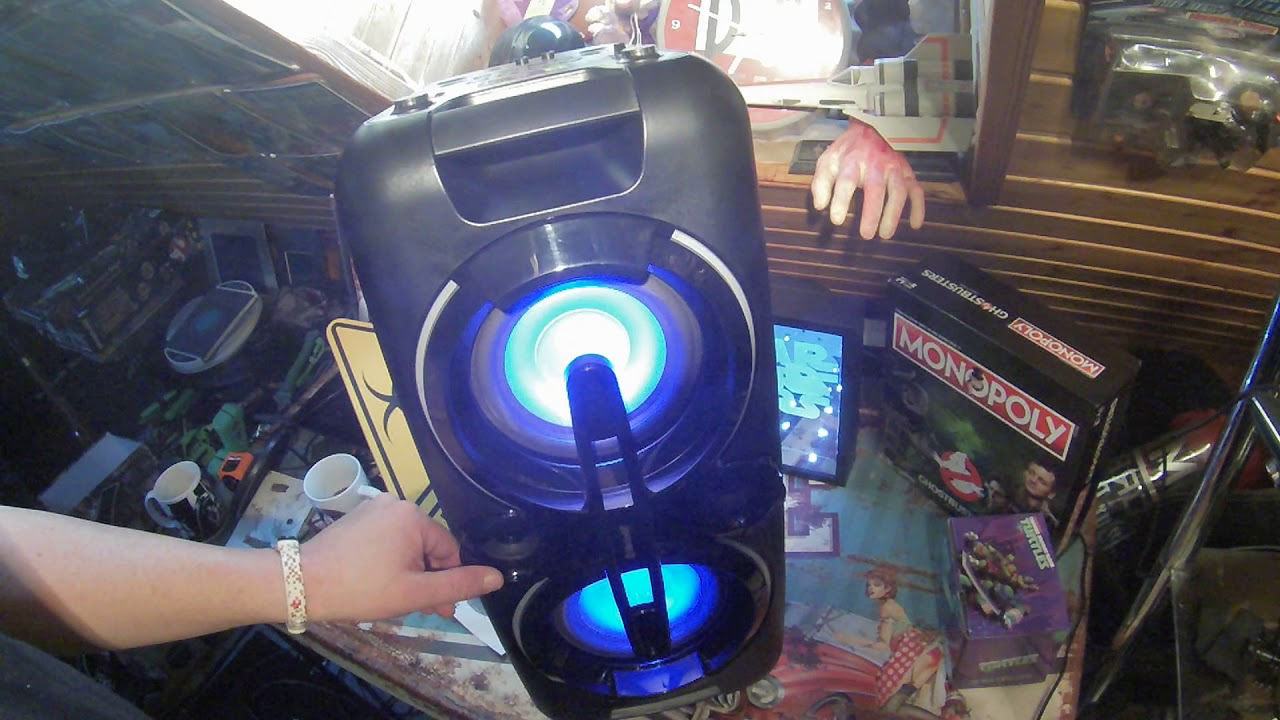 telefunken bluetooth party speaker lautsprecher mit led lichtshow bs1017 test soundcheck. Black Bedroom Furniture Sets. Home Design Ideas