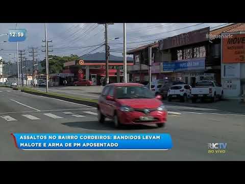 Bandidos levam malote de funcionário e arma de PM aposentado em Itajaí