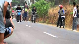 Mio Bore Up 300cc VS Satria 2Tak 00cc Race (Sesions02)