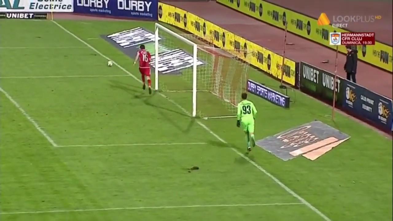 Andrei Cristea este aproape de gol! Dinamo - Poli Iasi I Etapa 18