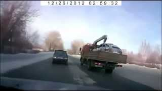 На зимней дороге чайники - осторожно!!! авто прикол видео