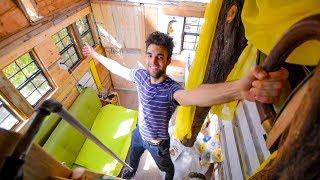 Living Cheap - Tiny LA Apartment Tour ($1000/month)!