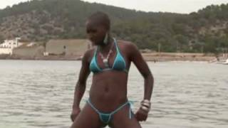 Repeat youtube video sexy black girl (sunglasses)