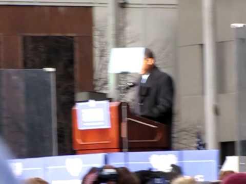 President Elect Barack Obama Speech at Baltimore War Memorial Pt1