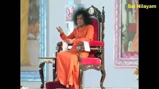 Prasanthi Mandir Bhajan.... NANDI VAHANA NATARAJA HARE....