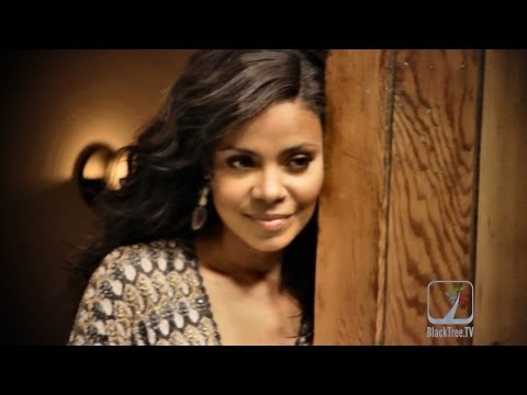 Sanaa Lathan poses for sexy photoshoot | Best Man Holiday