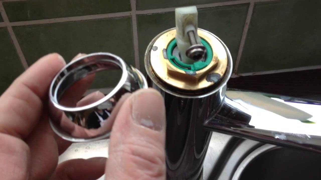 Hansgrohe Kitchen Tap Replacing Cartridge - YouTube
