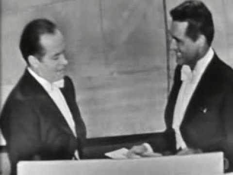 Alec Guinness Wins Best Actor: 1958 Oscars