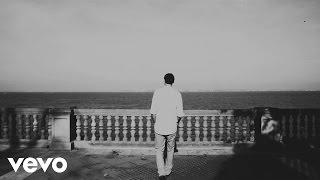Смотреть клип Blanco White - Lie Alone