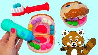Pukkins leker tandläkare - Rolig lek med leksaker för barn - Lär dig svenska på vår barnkanal