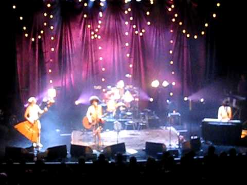 Katzenjammer live in Oslo - Land of Confusion