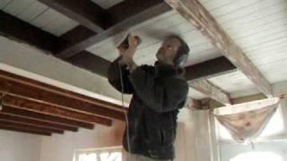 Simultaan plafond schuren, henk wit, ik bruin...