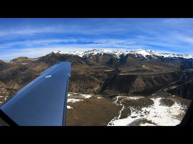 Landing at one of Colorado's Most Challenging Airports