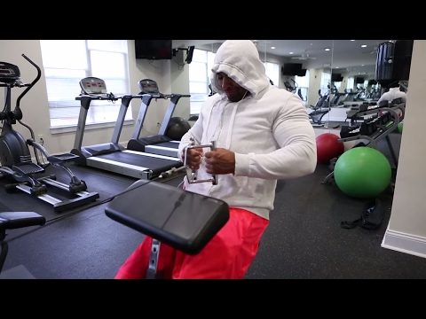 GYM GANG RED SHOWS YOU HOW TO TRAIN WHILE BEING AWAY ON VACATION