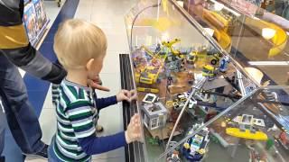Поход с детьми в магазин игрушек