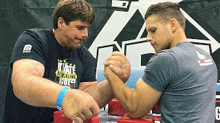 Side table arm wrestling at UAL 15