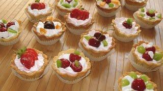Пирожные корзиночки. Корзиночки с ягодами и белковым кремом. Песочное тесто рецепт.