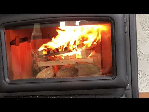 Top-down fire starting method in a Pacific Energy Summit wood stove