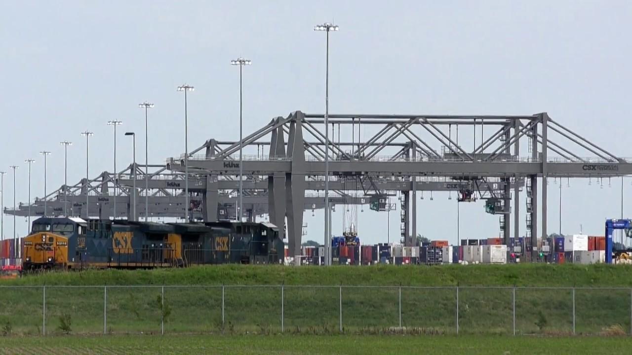 CSX North Baltimore Intermodal Facility and Galatea, OH Trains