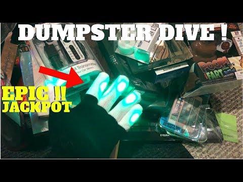 JACKPOT! LED LIGHT GLOVES! In Five Below Dumpster! Dumpster Dive Night #72