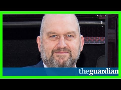 Welsh assembly pays tribute to ex-minister carl sargeant