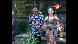GUGUR GUNUNG - Rini - Campursari SekarmayanK (Call:+628122598859)