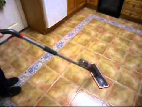 Magic Mop with water bottle.wmv
