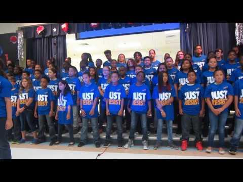 Liberty Elementary 2016 Kids singing I am the worlds greatest
