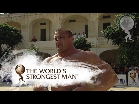 2009 Giant Farmers Walk Heat 1: Mariusz Pudzianowski wins | World's Strongest Man
