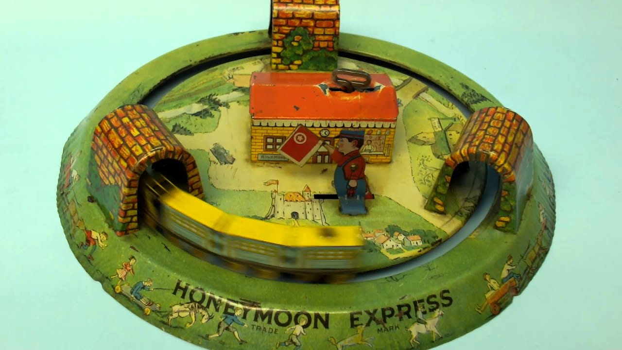 Toys For The Honeymoon : Rare antique marx honeymoon express train tin wind up