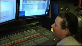 """Студия звукозаписи """"Блюз Минуз"""" - работа над песней."""
