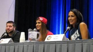 THE BELLA TWINS Q Wizard World Comic Con CHICAGO August 20 2016