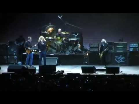 Led Zeppelin - Good Times Bad Times with Intro Live at the O2 Arena (HQ)