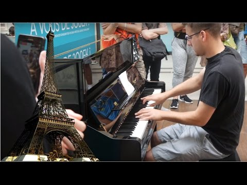 Live Piano Medley in Paris, France (Saint-Lazare Train Station)