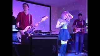 I Hate Myself For Loving You - Joan Jett - Cover - Minor Rewind