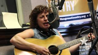 Shovels & Rope - Kemba's Got The Cabbage Moth Blues [Live at WAMU's Bluegrass Country] thumbnail