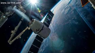 Stunning 4K  Time Lapse Video of SpaceX Dragon being captured at the Space Station
