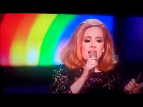 ADELE SWEARS AT BRITS!!! **(MIDDLE FINGER)**