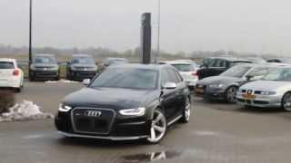 Audi RS4 Avant B8 revving LOUD SOUND!