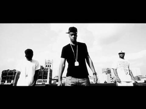Black Milk - Deadly Medley (feat. Royce Da 5'9