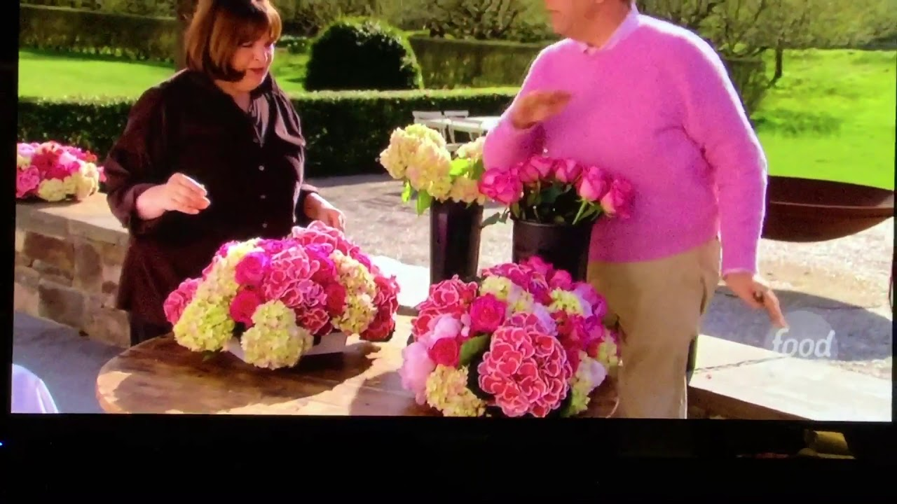 Barefoot Contessa (Floral Arrangement) - YouTube