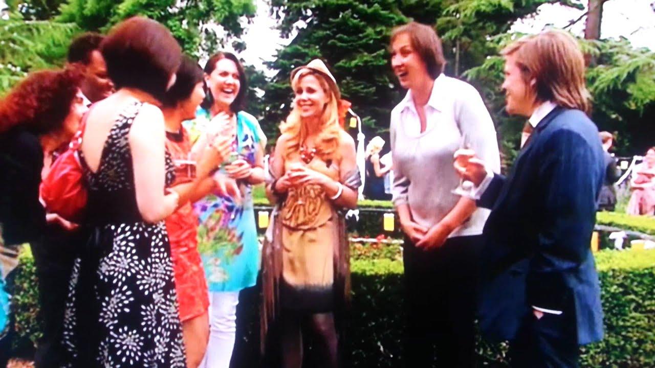 Epic Fail Lol Miranda Tv Show Garden Party Hilarious