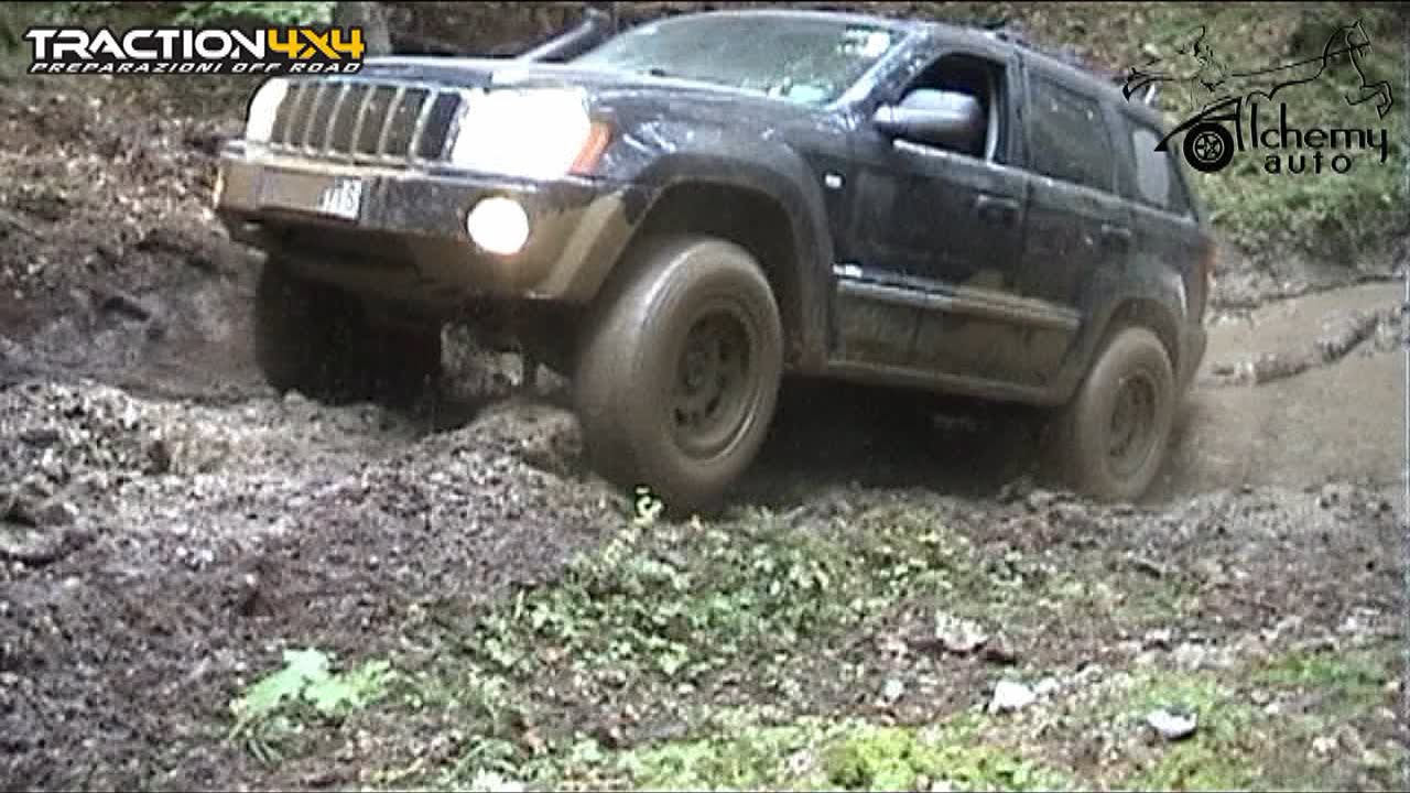 Jeep Grand Cherokee WK Off Road by Top Đir - YouTube