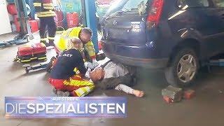 Mann in Lebensgefahr: Er ist unterm Auto begraben! | Die Spezialisten | SAT.1