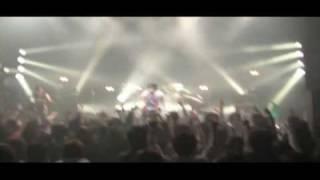 渋谷O-WESTで開催された、パブリックレボリューションの映像。