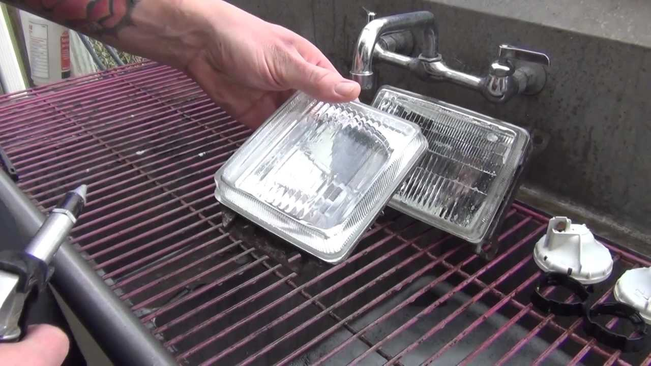 GoWesty : Clean Your Headlights - Vanagon 1986-91 Squared Headlights