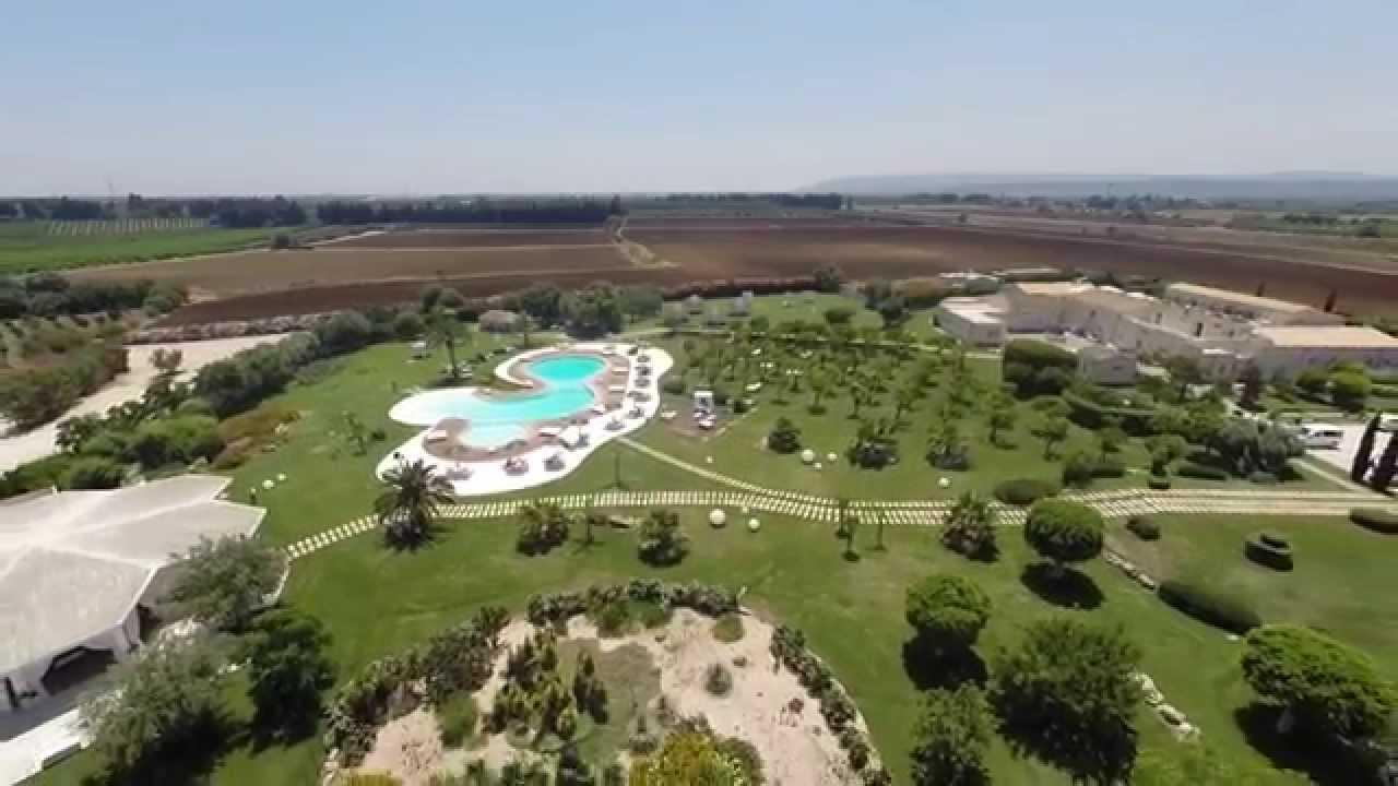Hotel borgo pantano siracusa youtube for Hotel resort siracusa